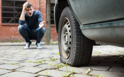 7 Essential Steps To Take When Your Truck Has a Flat Tire